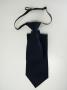 Cravatta blu con nodo fisso